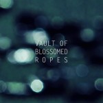 vault of blossomed ropes